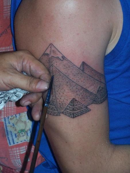ethan s pyramids big magic tattoo koh phangan thailand. Black Bedroom Furniture Sets. Home Design Ideas